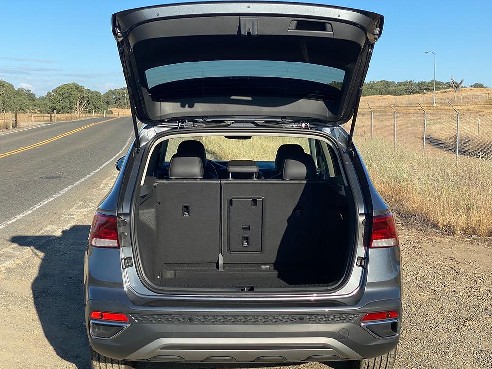 2022 Volkswagen Taos 1.5T SEL rear liftgate open