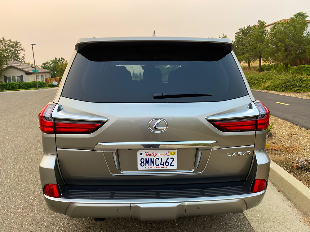 2020 Lexus LX570 rear view