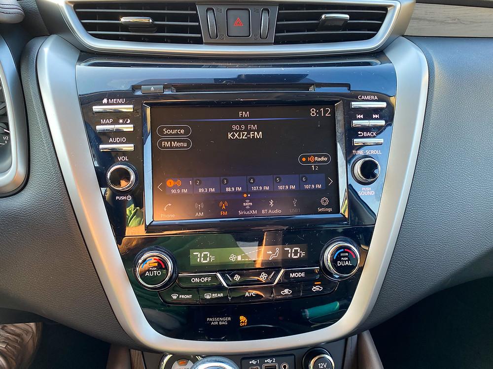 2020 Nissan Murano Platinum FWD infotainment and HVAC
