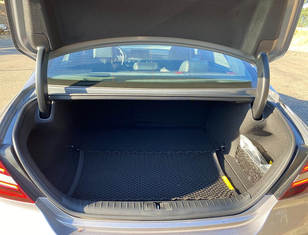 2022 Genesis G70 RWD 3.3T Sport Prestige trunk