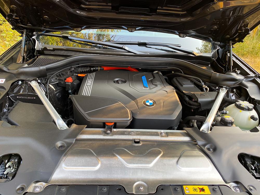 2020 BMW X3 xDrive30e hybrid powerplant