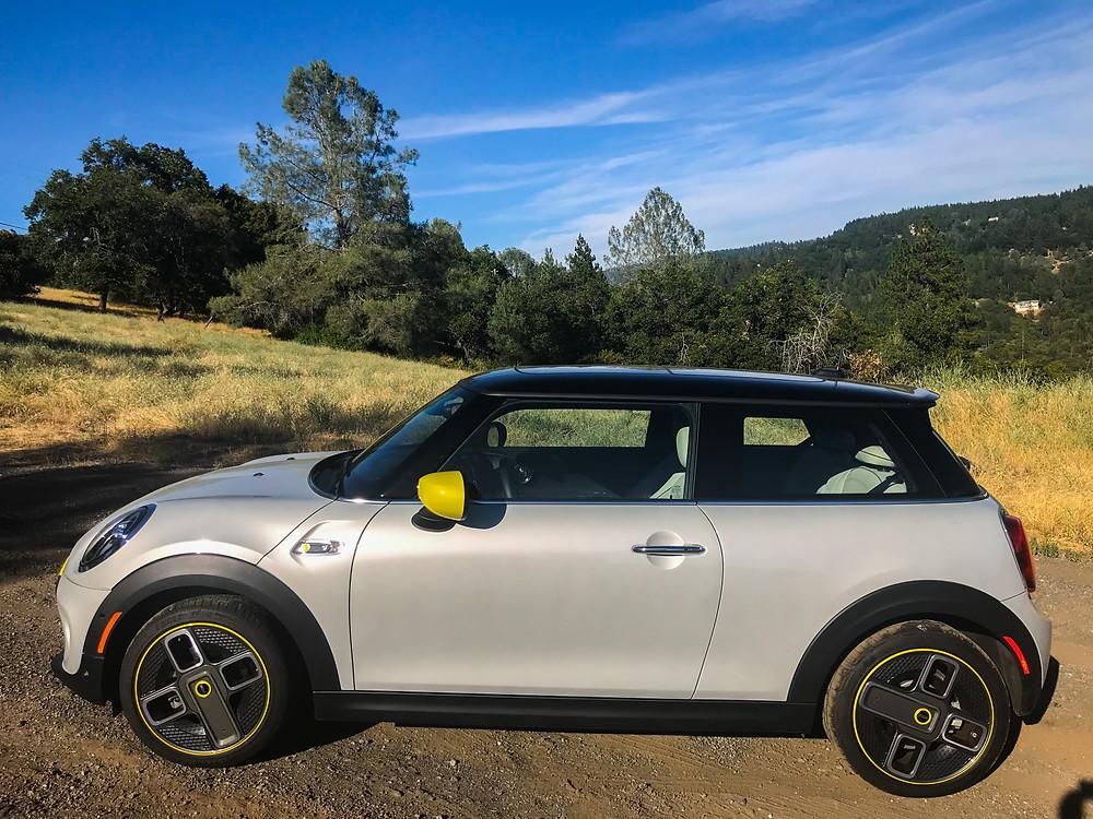 2020 Mini Cooper SE side view