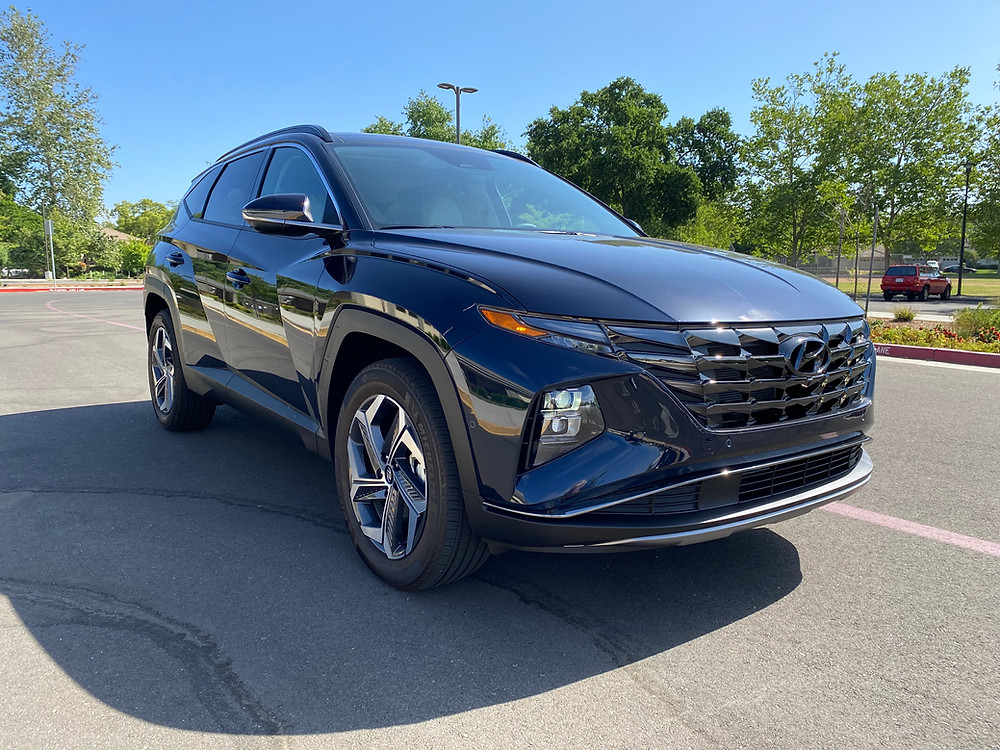 2021 Hyundai Tucson Limited Hybrid AWD front 3/4 view