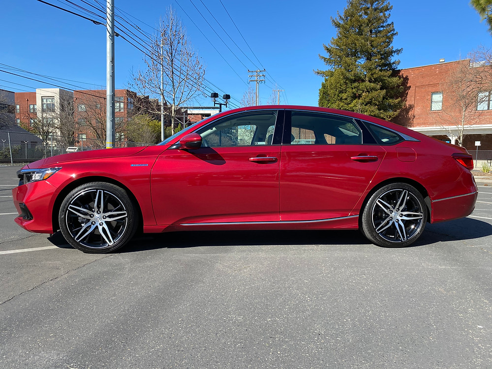 2021 Honda Accord Hybrid Touring side view
