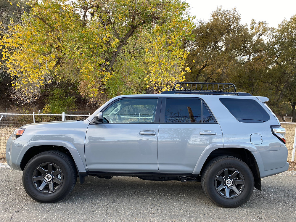 2021 Toyota 4Runner 4x4 Trail side view