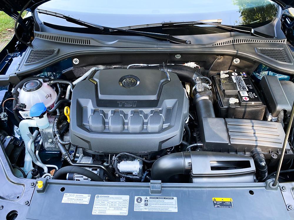 2020 Volkswagen Passat 2.0T SEL engine