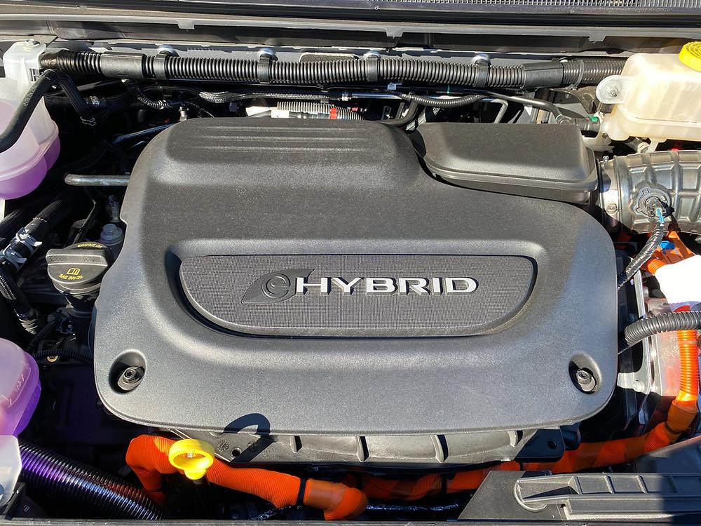 2021 Chrysler Pacifica Hybrid powerplant detail