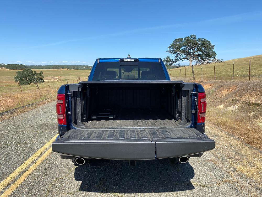 2021 RAM 1500 Laramie Crew Cab 4X4 tailgate down