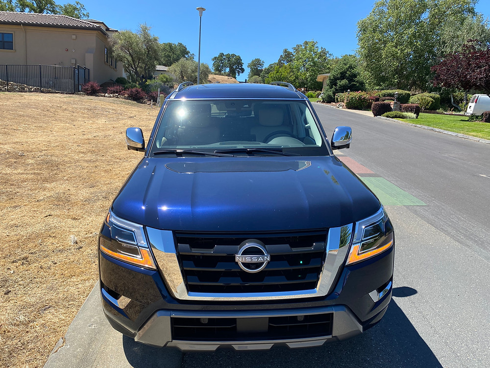 2021 Nissan Armada Platinum AWD front view