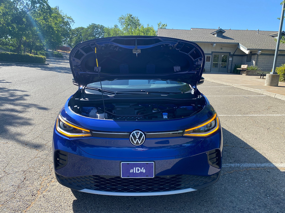 2021 Volkswagen ID.4 1st Edition hood up
