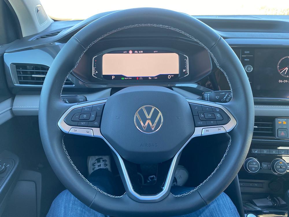 2022 Volkswagen Taos 1.5T SEL steering wheel and gauge cluster