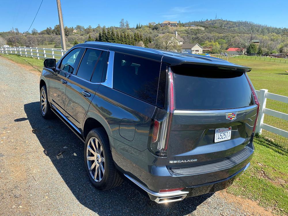 2021 Cadillac Escalade 4WD Platinum rear 3/4 view