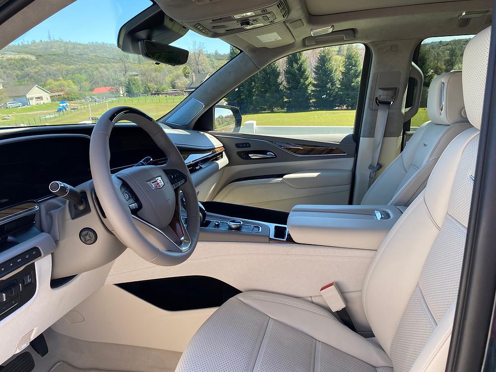 2021 Cadillac Escalade 4WD Platinum front seats