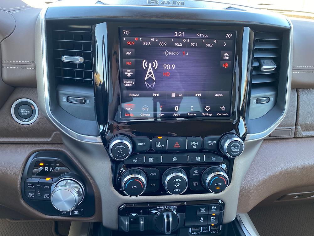 2021 RAM 1500 Laramie Crew Cab 4X4 infotainment, HVAC, gear shift and towing controls