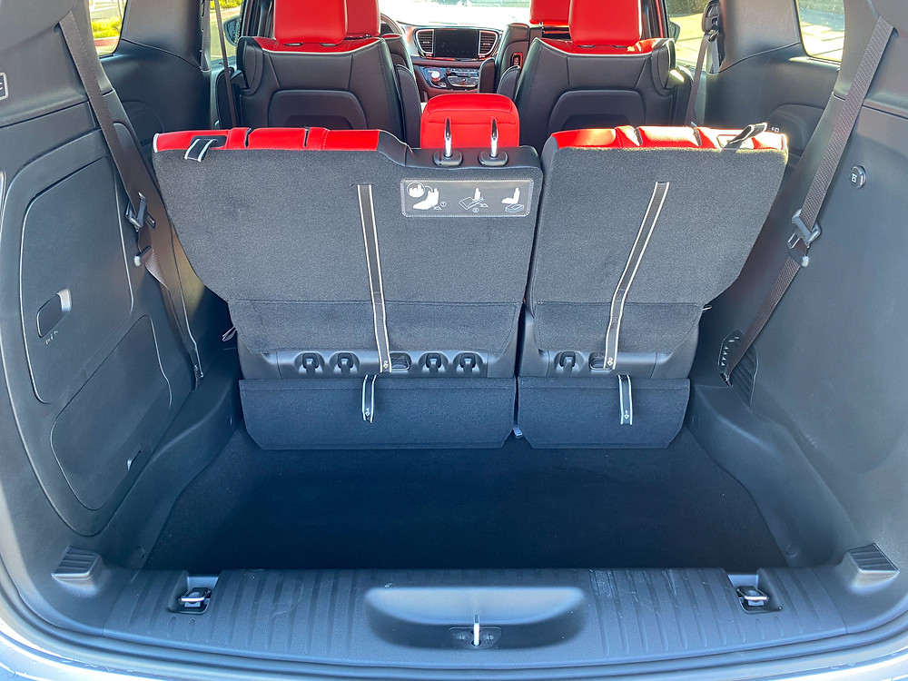 2021 Chrysler Pacifica Hybrid Limited Red S cargo area