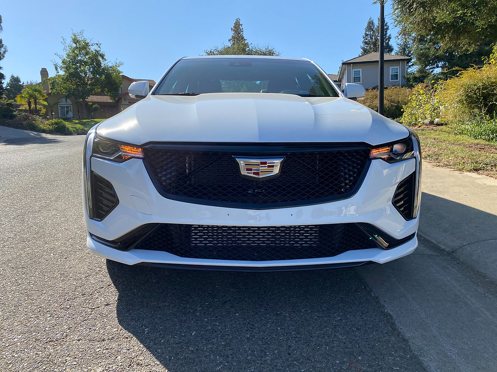 2020 Cadillac CT4 V-Series front view