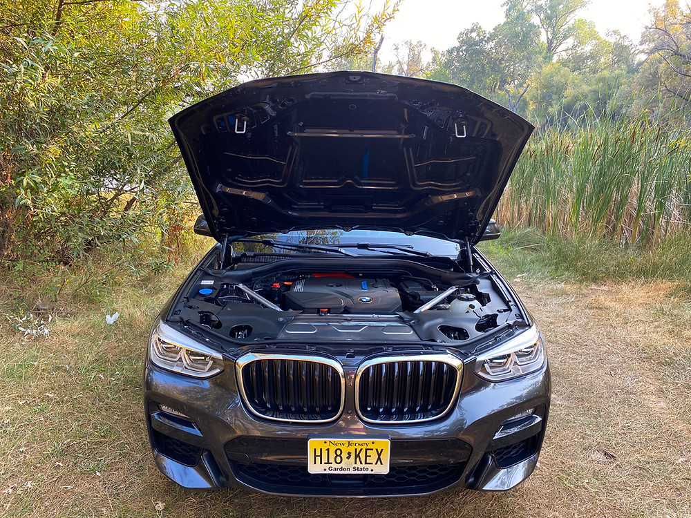 2020 BMW X3 xDrive30e hood up