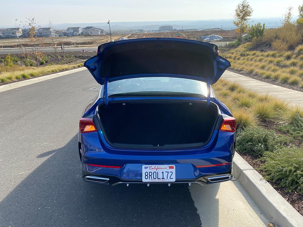 2021 Kia K5 GT-Line trunk open