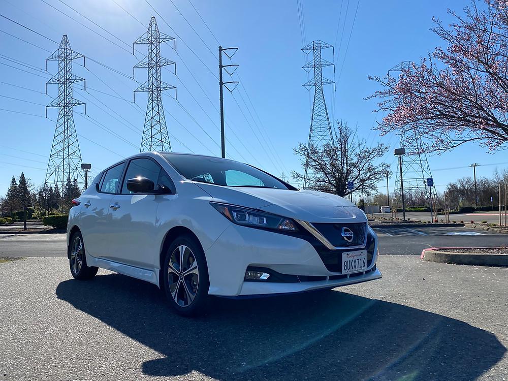2021 Nissan Leaf SL Plus front 3/4 view
