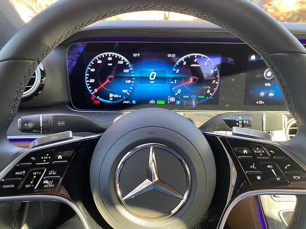 2021 Mercedes-Benz E450 4MATIC Sedan steering wheel and gauge cluster
