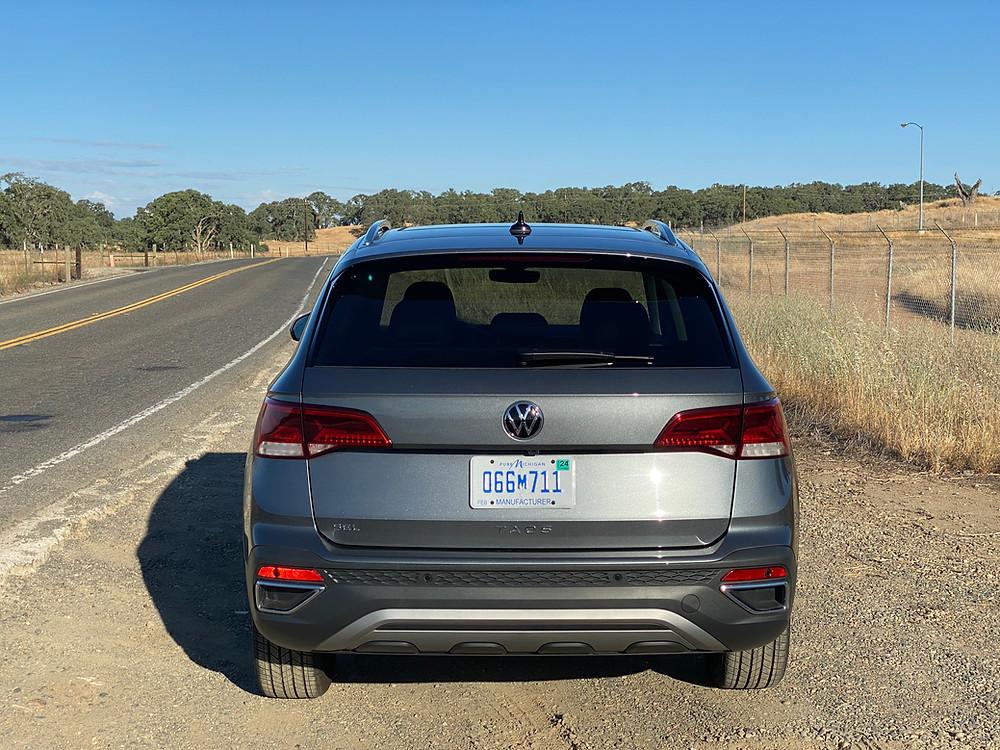 2022 Volkswagen Taos 1.5T SEL rear view