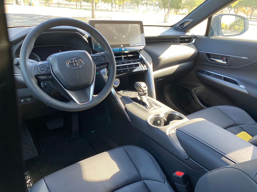 2021 Toyota Venza Limited instrument panel