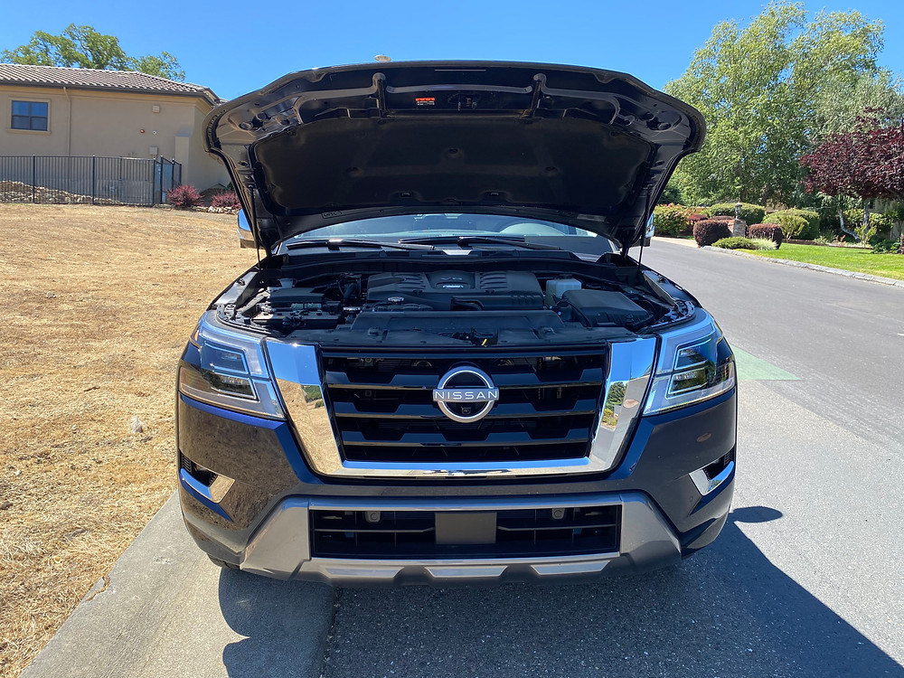 2021 Nissan Armada hood up