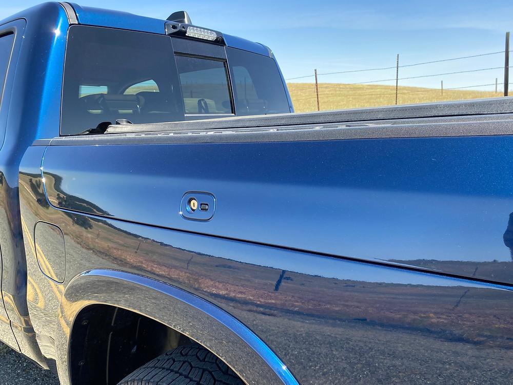 2021 RAM 1500 Laramie Crew Cab 4X4 locking bedside storage