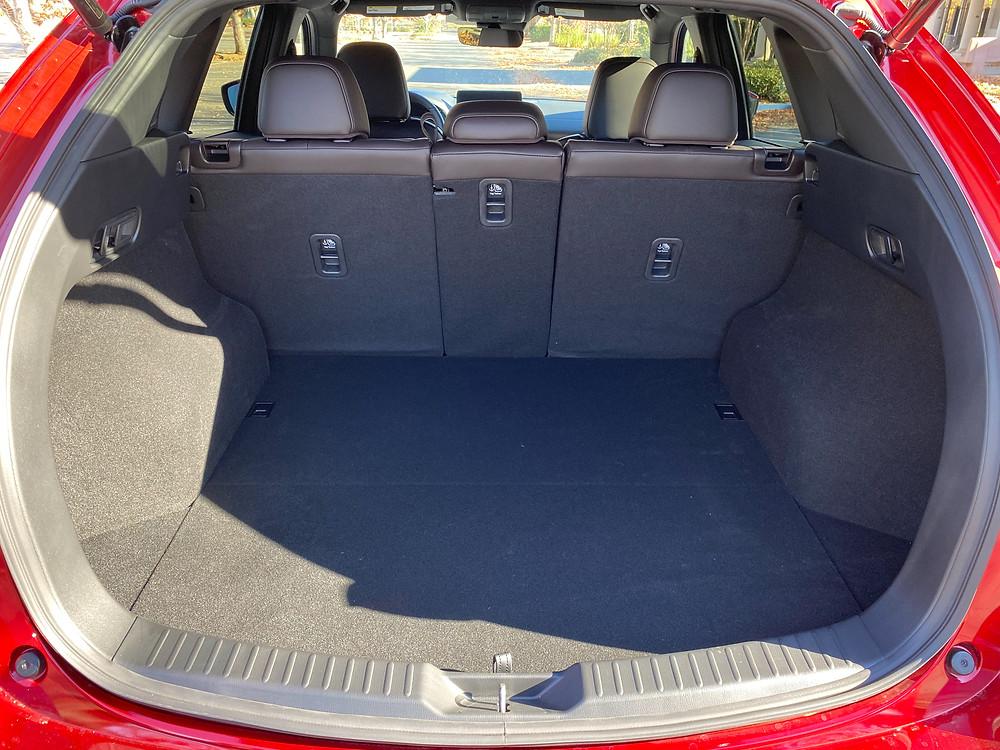 2021 Mazda CX-5 Signature AWD cargo area