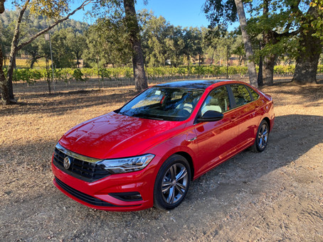 The Complete Compact: The 2020 Volkswagen Jetta 1.4T R-Line