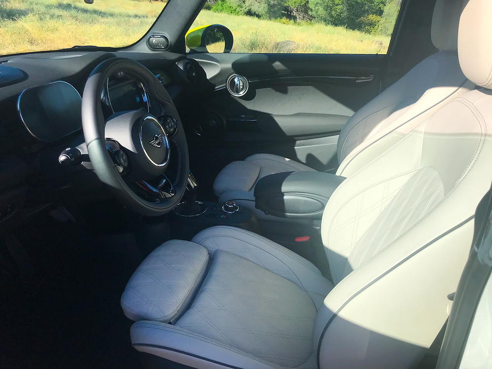 2020 Mini Cooper SE front seats