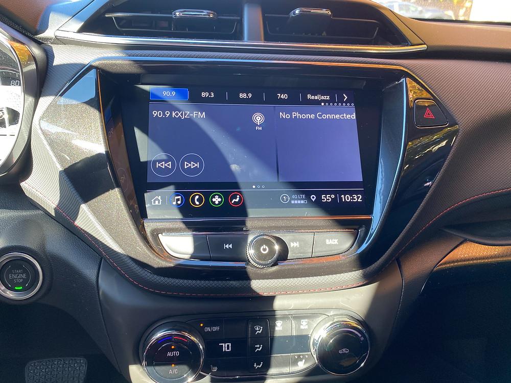 2021 Chevrolet Trailblazer AWD RS infotainment and HVAC.