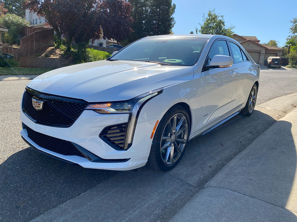 2020 Cadillac CT4 V-Series front 3/4 view