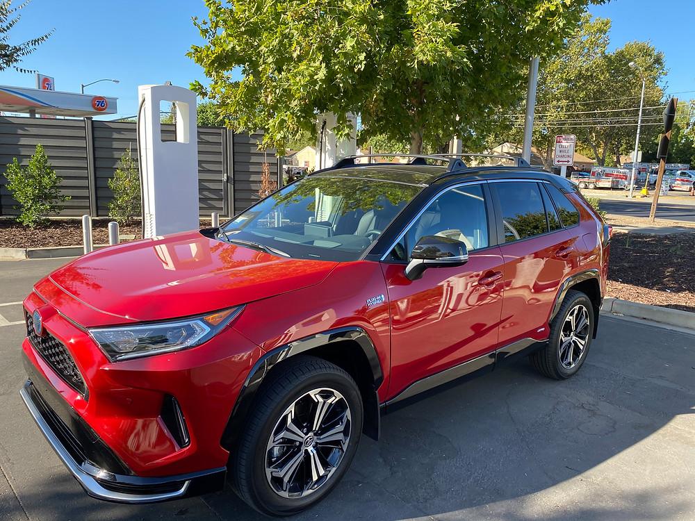2021 Toyota RAV4 Prime SXE AWD front 3/4 view