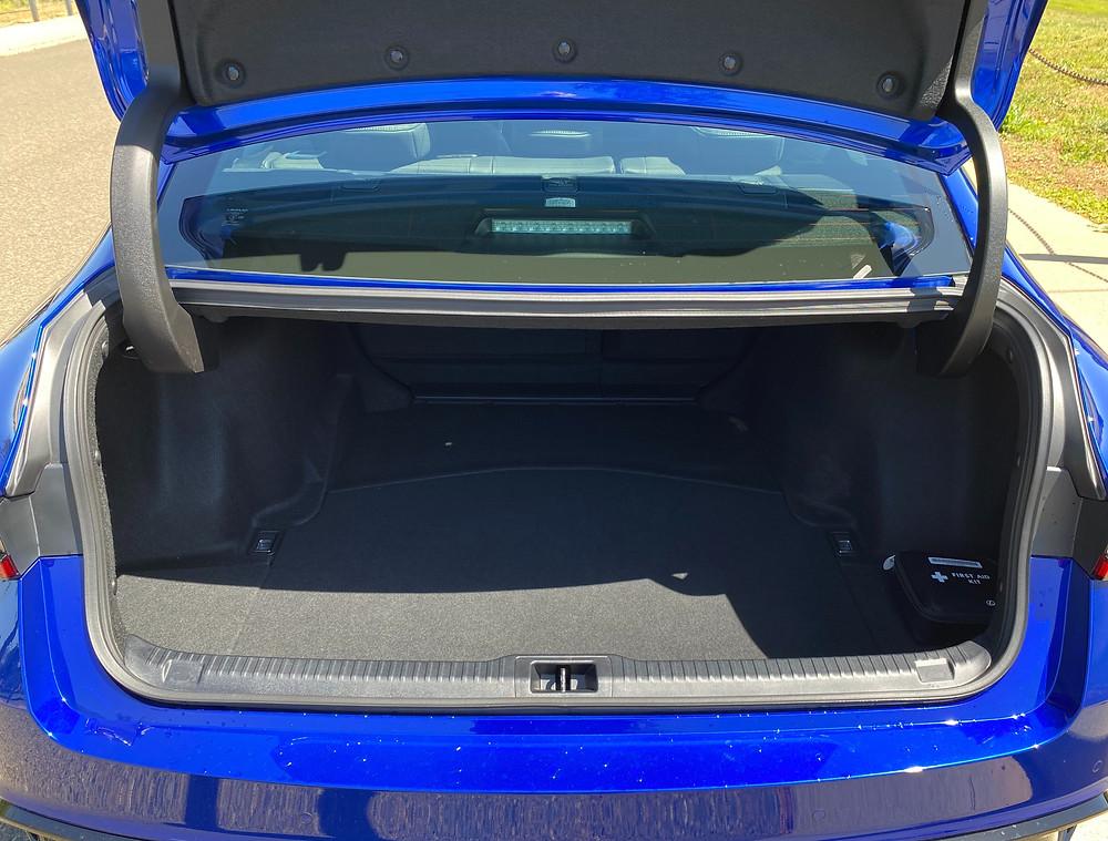 2021 Lexus IS 350 F SPORT trunk