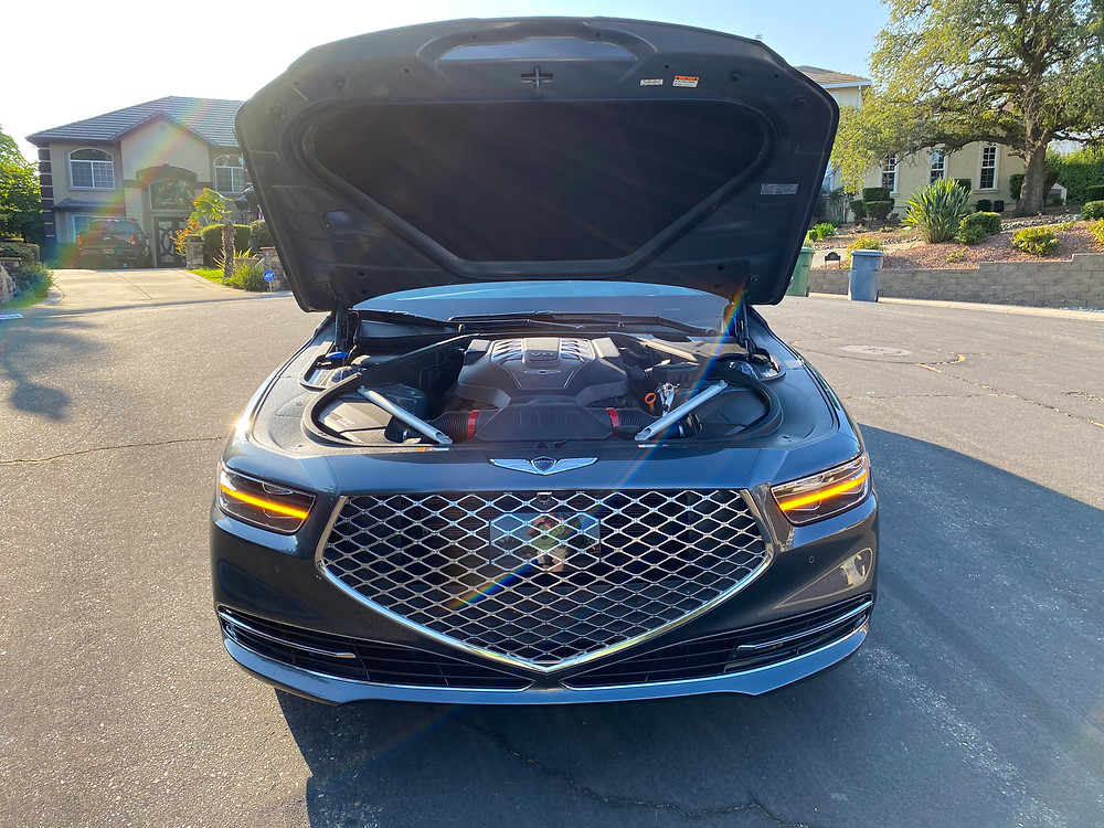 2020 Genesis G90 RWD 5.0 Ultimate hood up