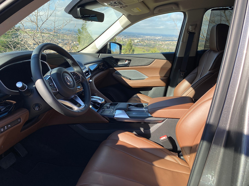 2022 Acura MDX SH-AWD Advance front seats