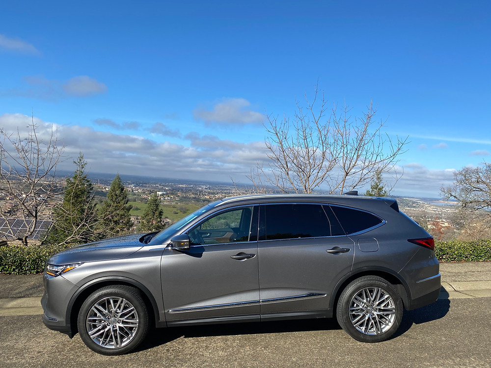2022 Acura MDX SH-AWD Advance side view