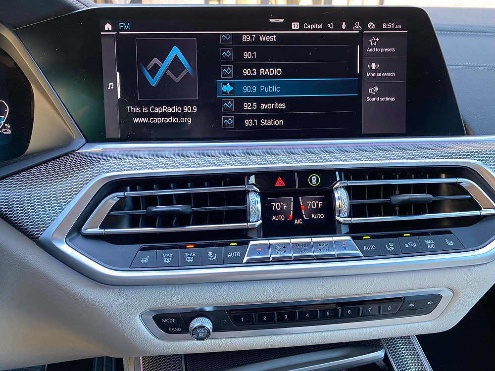 2021 BMW X5 xDrive45e infotainment and HVAC
