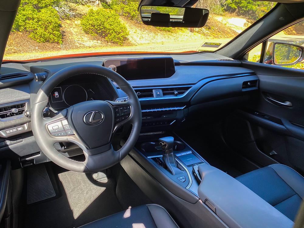 2020 Lexus UX 250h iinstrument panel