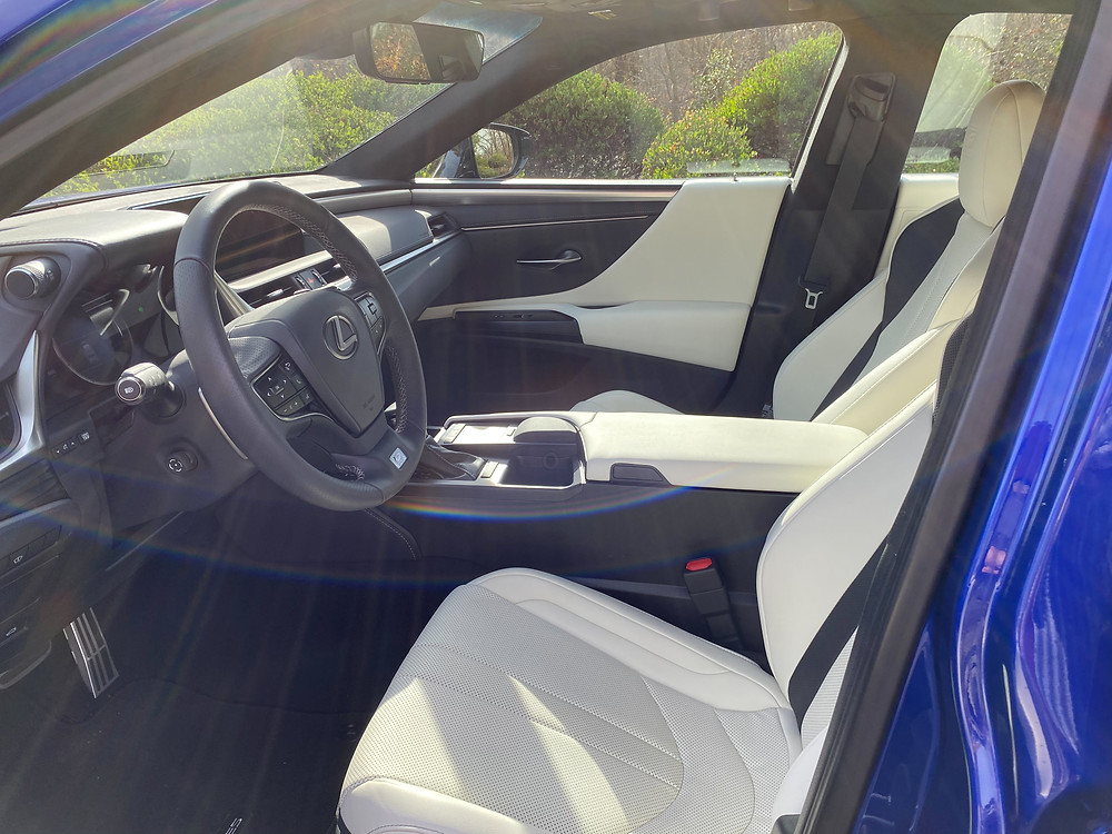 2021 Lexus ES350 F SPORT front seats