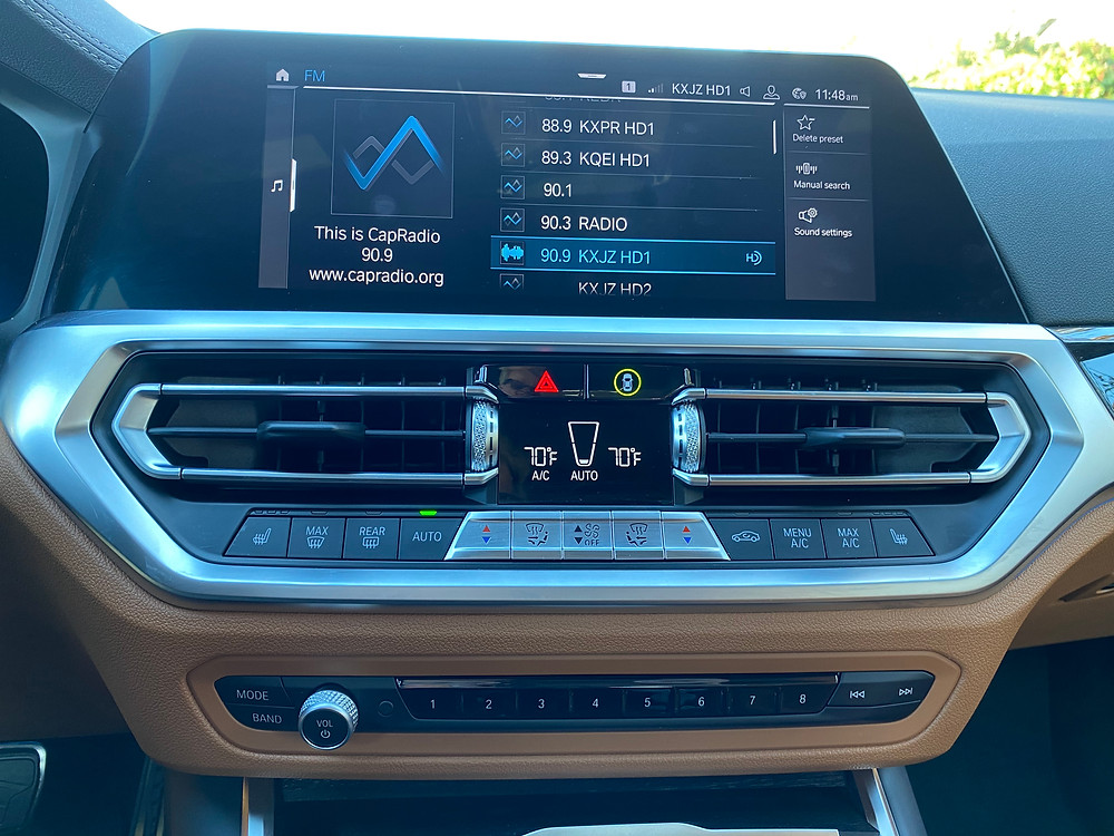 2021 BMW 330e infotainment and HVAC
