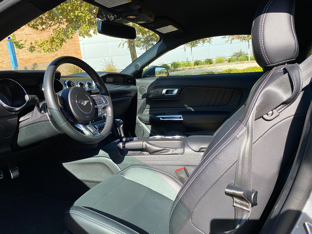 2020 Ford Mustang 2.3L High Performance EcoBoost front seats