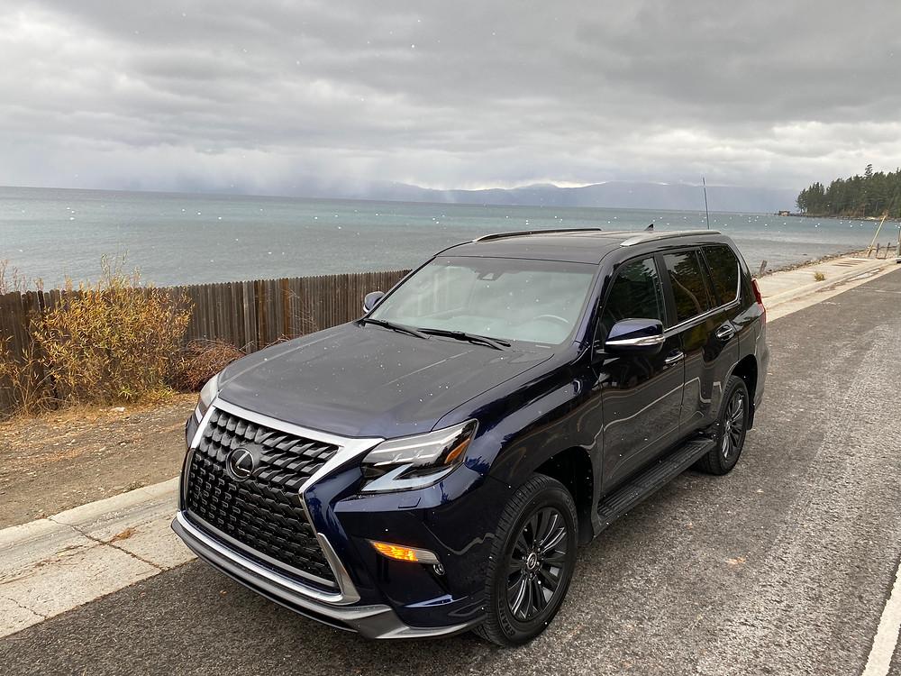 2021 Lexus GX460 front 3/4 view