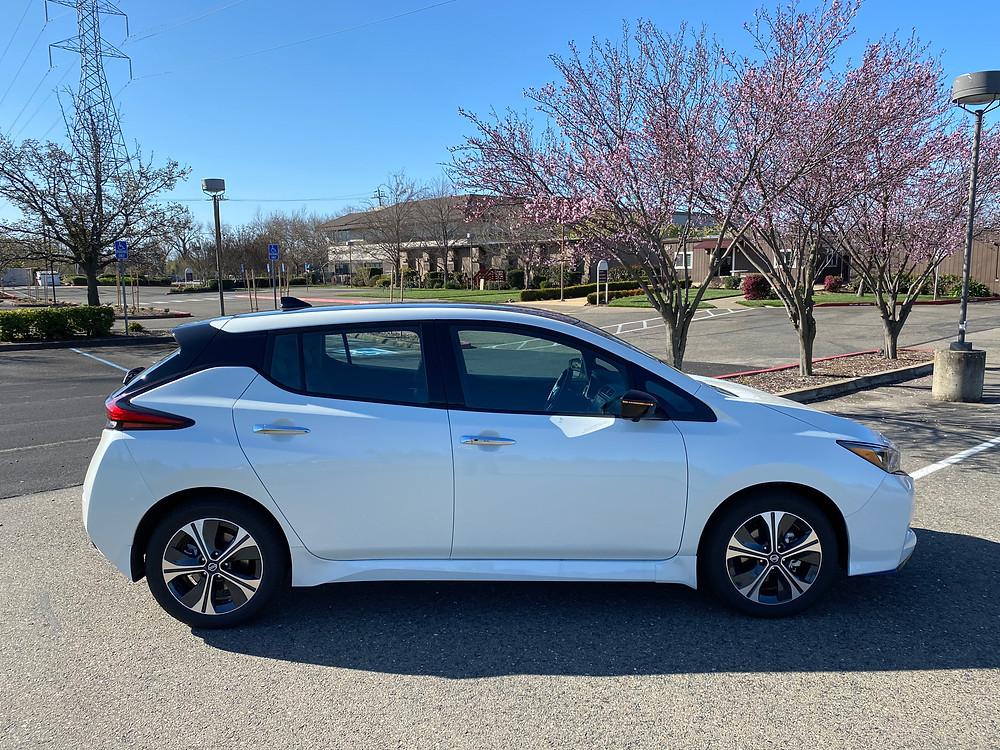 2021 Nissan Leaf SL Plus side view