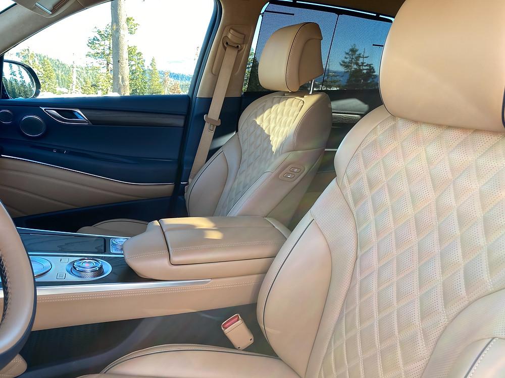 2021 Genesis GV80 front seat detail