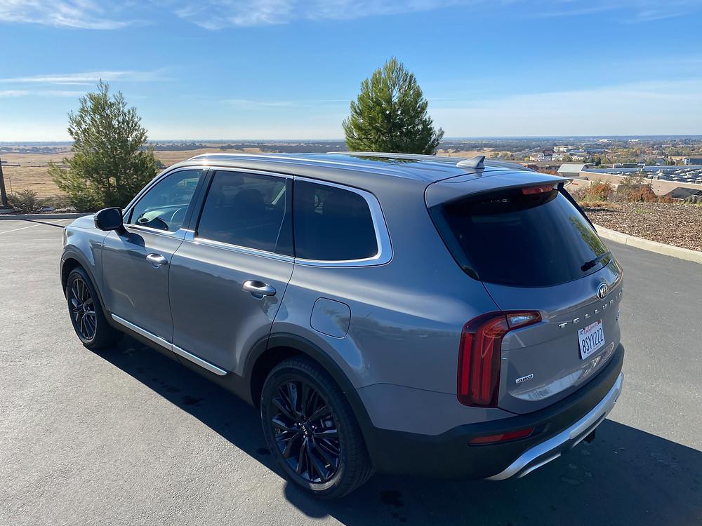 2021 Kia Telluride SX V6 AWD rear 3/4 view