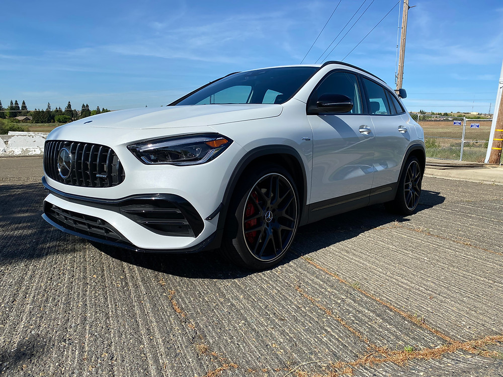 2021 Mercedes-AMG GLA45 4MATIC+ front 3/4 view