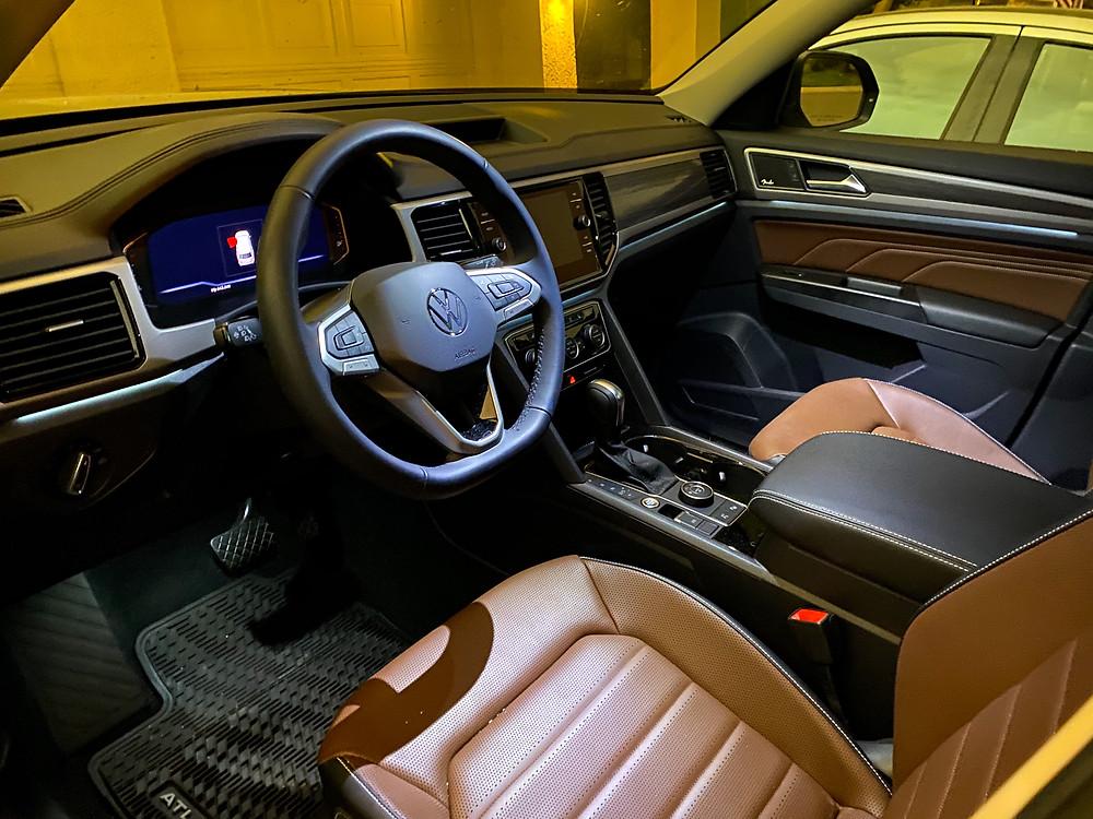 2021 Volkswagen Atlas V6 SEL Premium front seats