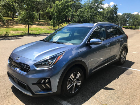 For Everyman (and Everywoman): The 2020 Kia Niro PHEV EX Premium